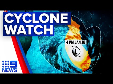 Category two cyclone to hit Port Douglas | 9 News Australia thumbnail