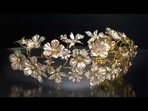עיצוב של קרן וולף, כתר לכלה ביום חתונתה WWW.AVITZ.CO.IL