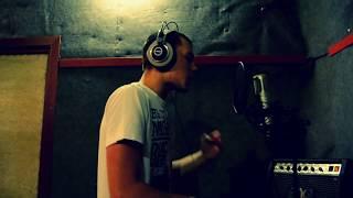 Komar M Beats feat. Yover -- 2Komars (2012)