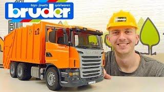 Большой мусоровоз СКАНИЯ БРУДЕР - Спецмашинки для детей SCANIA R series Garbage truck orange(Машинка мусоровоз Bruder Scania в этом детском видео заслуживает отдельного внимания наших маленьких зрителей,..., 2016-05-10T10:10:40.000Z)