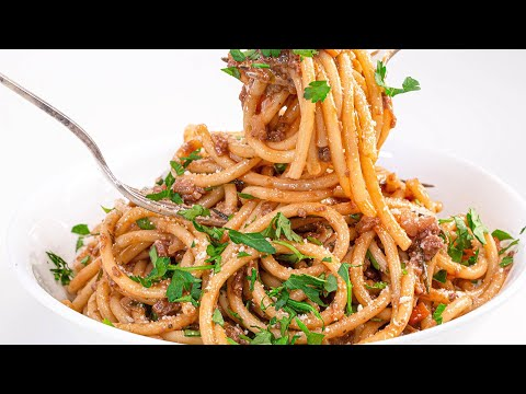 """How To Make Vegetarian """"Meat"""" Sauce With Pasta By Rachael"""