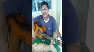 Gambar cover Pemuda kreatif nyanyi sambil nangis
