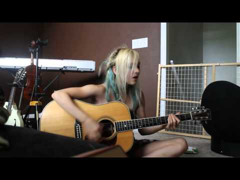 Hallelujah - Paramore (cover)