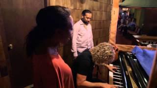 'The Story Of Memphis' - Memphis Trip Featurette
