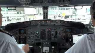 PLL LOT Boeing 737-400 pushback and taxi preparation