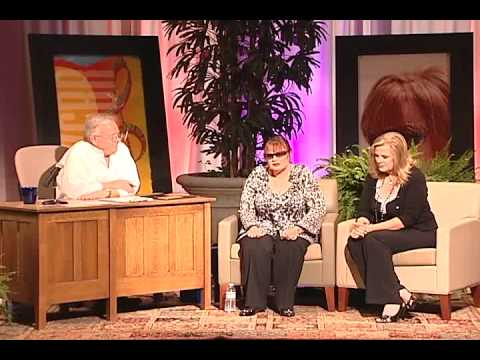 Breakfast with Gary & Kelly with guest Diane Schuur