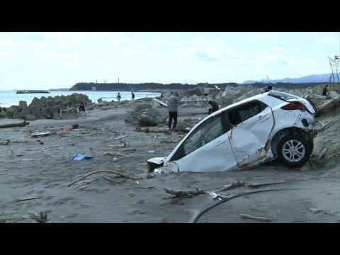 Japan marks 3rd anniversary of quake-tsunami disaster