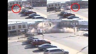 Ladrona de auto choca contra edificio y lo derrumba