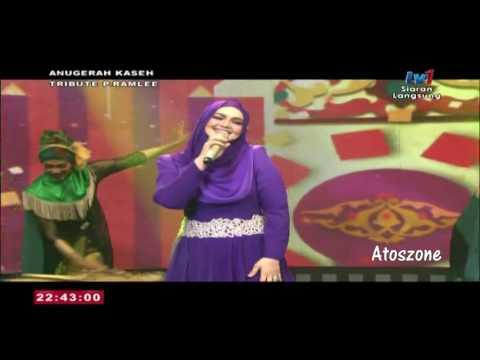 [HD] Dato Siti Nurhaliza- Malam Bulan Di Pagar Bintang & Tari Tualang Tiga
