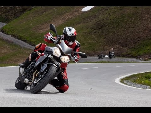 Triumph Street Triple R - Test in den Alpen