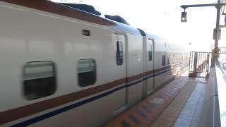 北陸新幹線「はくたか563号」金沢行きが糸魚川駅に到着