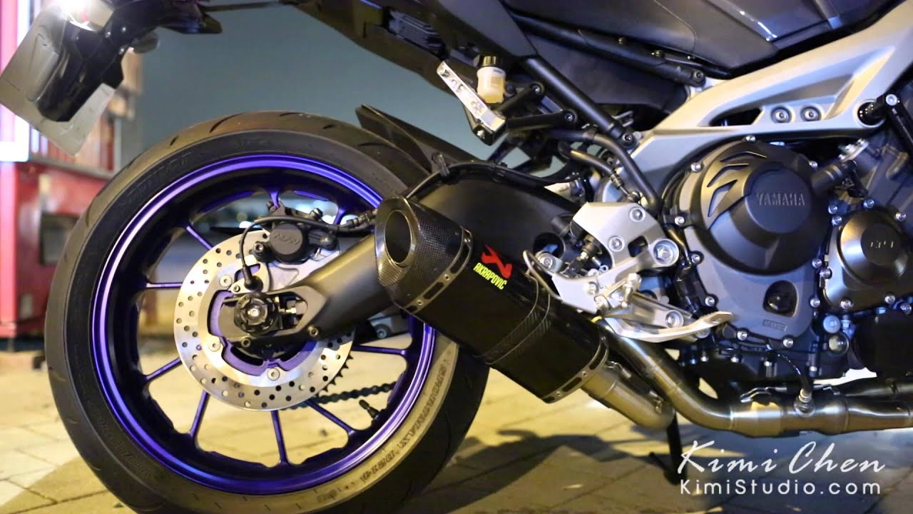yamaha mt 09 akrapovic exhaust sound youtube. Black Bedroom Furniture Sets. Home Design Ideas