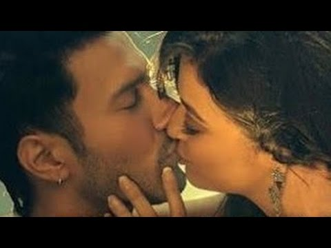 Surveen Chawla Kiss Video