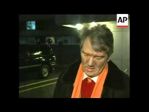 Yushchenko arrives in Kiev; comments on poisoning