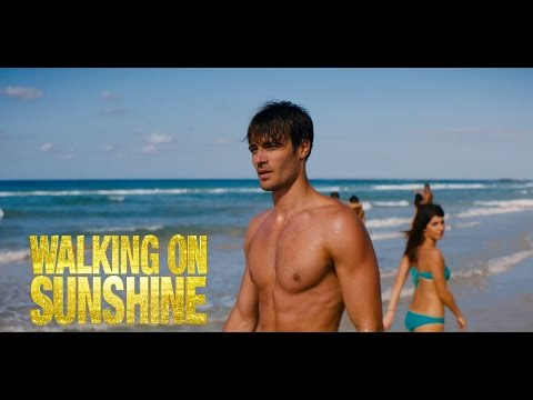 "Walking On Sunshine - Scena In Italiano ""How Will I Know"""