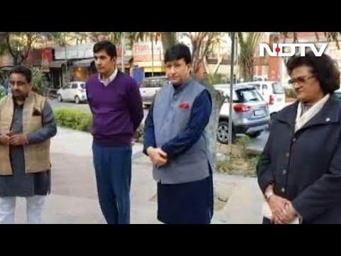 Muqabla: Politics Over Ongoing Sealing Drive In Delhi