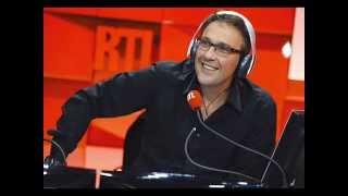 Julien Courbet se fait insulter par un auditeur sur RTL