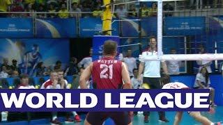 FIVB World League Finals: Fly like Lomacz! - Amazing dig from Lomacz