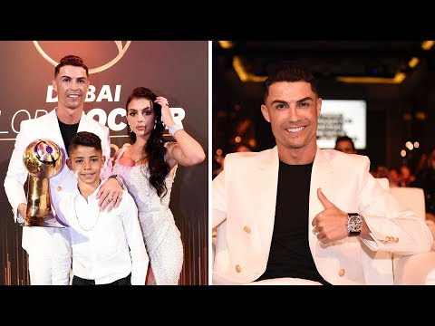 Cristiano Ronaldo win Best Player Globe Soccer Awards 2019 attend fiancée and son
