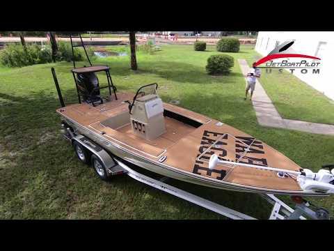 Custom SeaDek Install On A 2018 Hewes Redfisher 18
