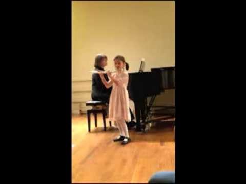 Ella Cohen Plays Minuet II Suite in A Minor, G.P. Telemann