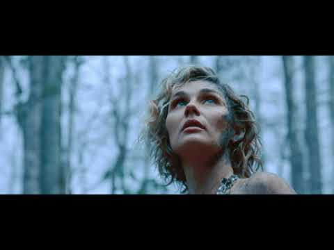 Clare Bowen: 'The real Nashville is far less dramatic'