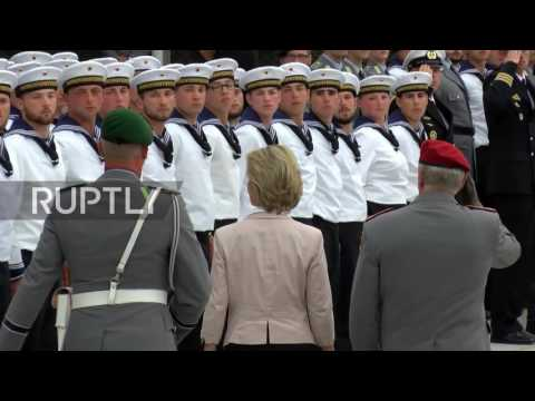 Germany: 400 army recruits sworn in by German Defence Minister