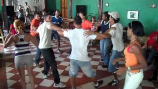 """Salsa, Rueda de casino """"Casa de la Trova"""" Santiago de Cuba.Feb.2011"""