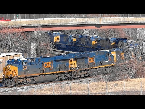 CSX Freight Train With 10 Locomotives In Baltimore City!