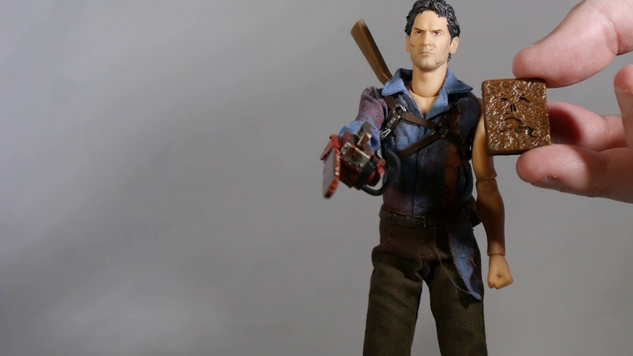 "MEZCO TOYZ ONE:12 COLLECTIVE EVIL DEAD 2 ASH 6/"" ACTION FIGURE BRAND NEW IN HAND"