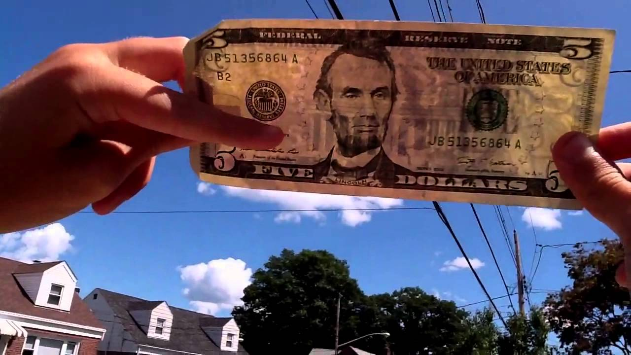 How to check if a $5 bill is real - YouTube
