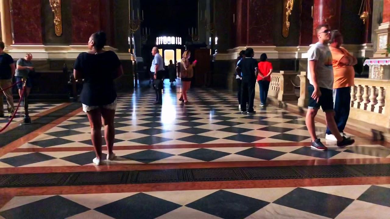 TravelHogz takes you to the basilica