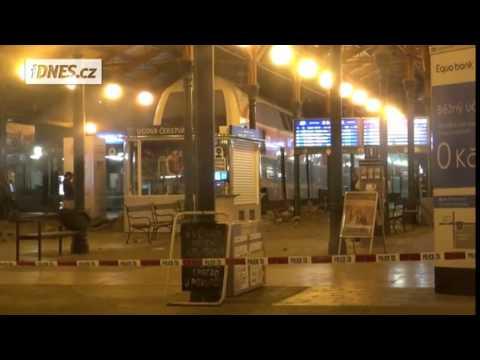 VietPortal.cz - Tàu hỏa trật đường ray gây tai nạn tại Praha