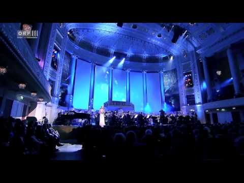 Somewhere Out There – Deborah Cox at Hollywood in Vienna 2013 HD