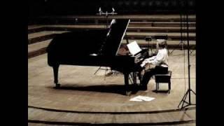 Play IV. Allegro