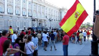 Spain national football team coming to Palacio Real (FULL HD) @ Madrid World Cup 2010 Celebration