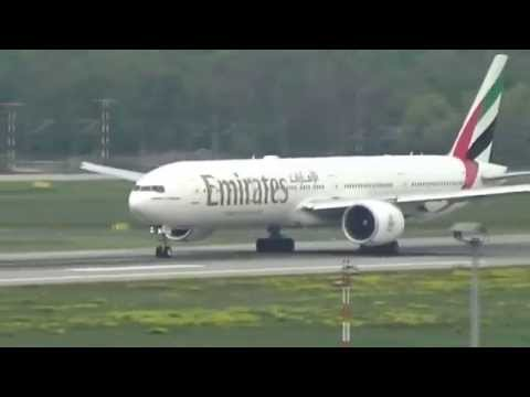 ✈boeing-777-300er-emirates✈-takeoff-at-düsseldorf-international-airport