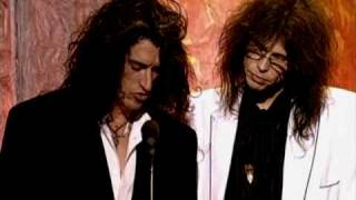 Aerosmith induct Led Zeppelin Rock and Roll Hall of Fame inductions 1995
