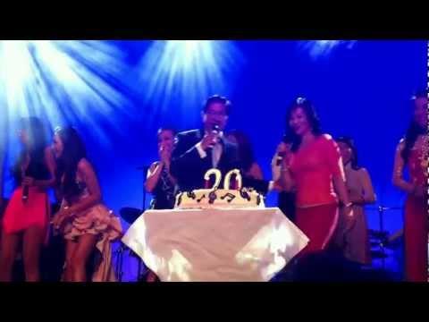 Chúc mừng Nguyễn Ngọc Ngạn 20 năm sân khấu