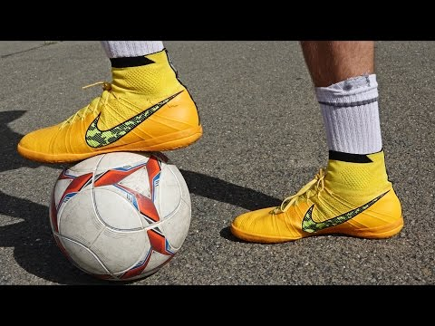 Ultimate Nike Elastico Superfly IC Test & Review by iFootballHD