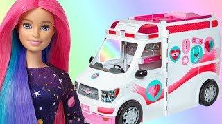 Barbie • Karetka • Mobilna klinika • Barbie lekarz