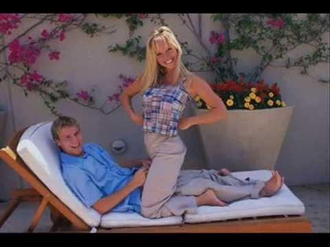 Download Brian y Leighanne Littrell 13 años Juntos / United years