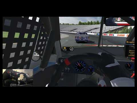 iRacing  ECR trucks at New Hampshire personal audio muted :-(