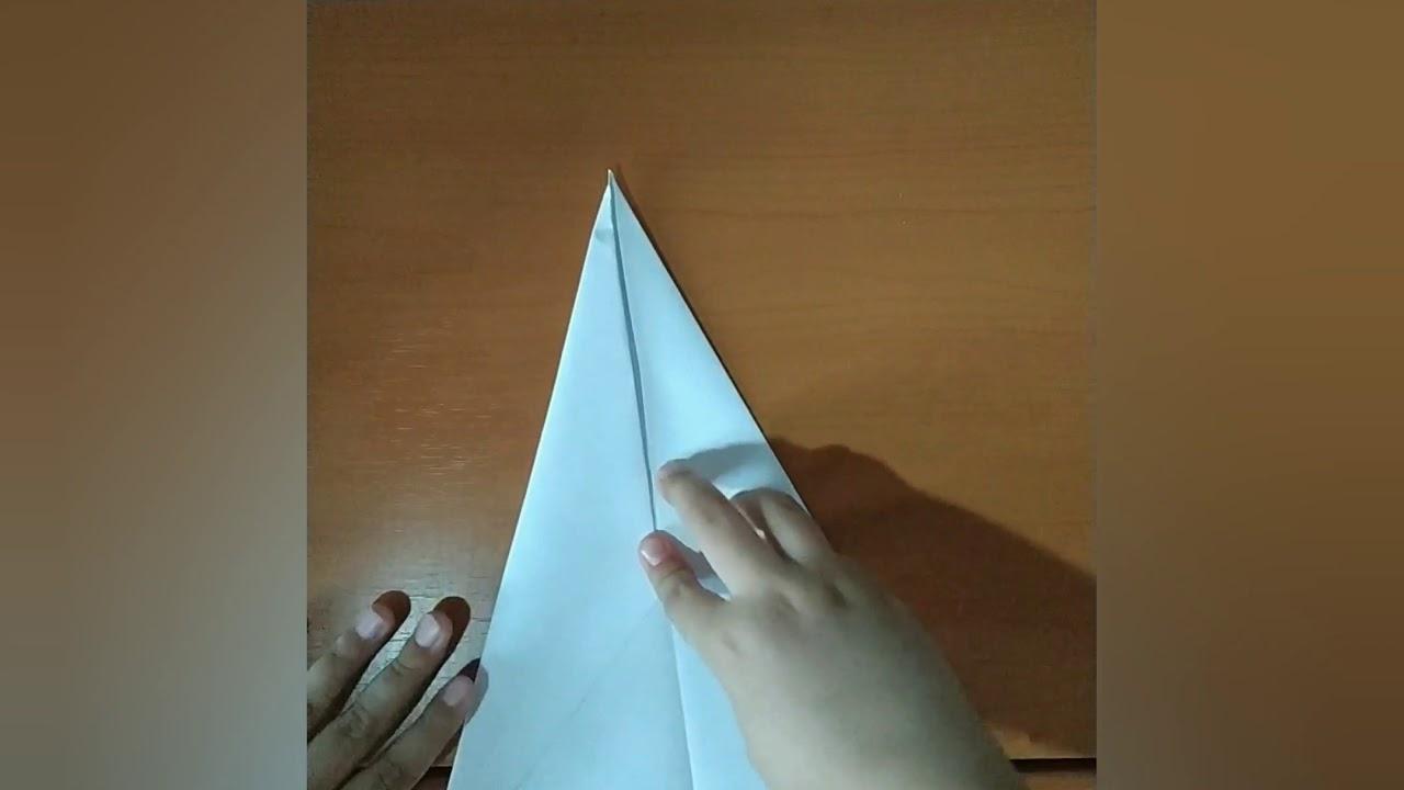 Делаем бумажный самолёт (прямо летит)