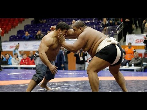 Turkish wrestler beats Sumo Champion (190 kilo)