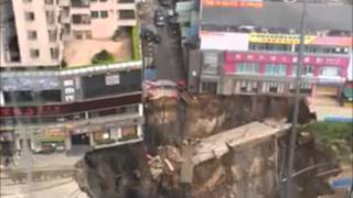 Video Tunnel construction causes huge sinkhole in South China's city of Dongguan