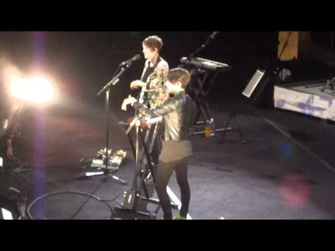 Tegan and Sara - Band Intro + I'm Not Your Hero @ Sydney Opera House #2, 26/04/13