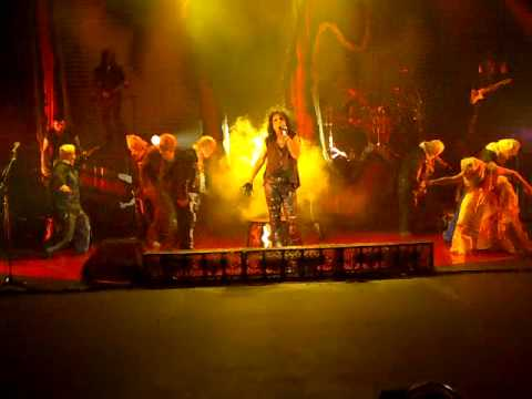 Alice Cooper _ Welcome_to_my_nightmare_live_London_06_12_2009.mp4
