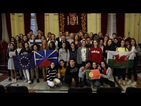 recepción-de-los-participantes-del-proyecto-erasmus-k229-en-el-salón-dorado