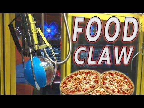 WINNING FOOD ON THE CLAW MACHINE!?!